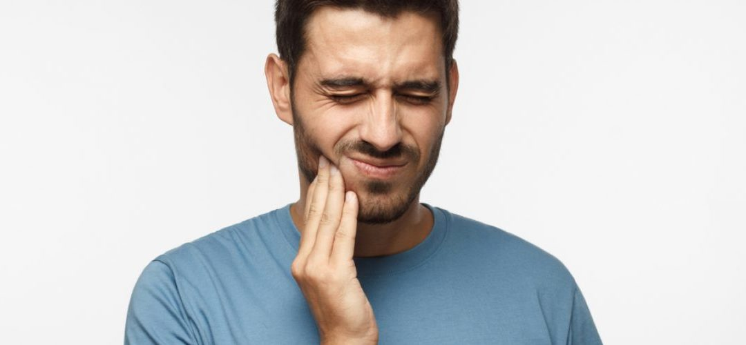 Why a Broken Tooth Needs to be Replaced